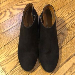 SODA black Suede Ankle Boots Size 10